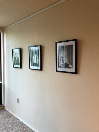 STAS picture hanging system customer